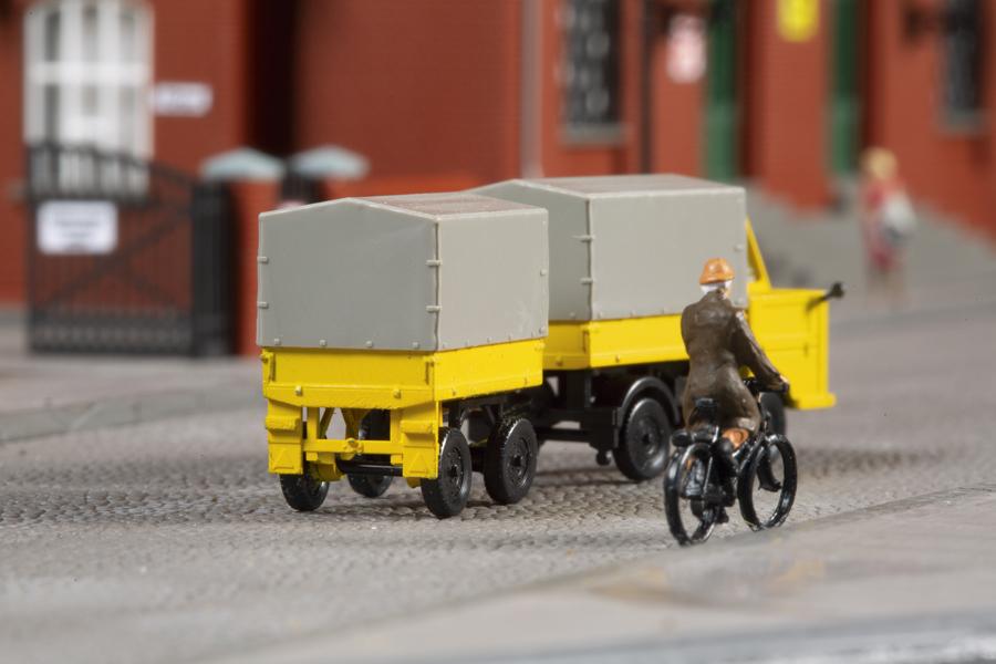 1:120 Multicar M22 Post mit Anhänger *