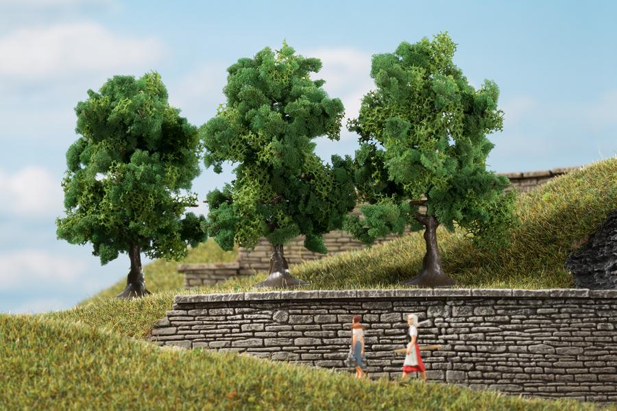 Laubbäume dunkelgrün - 7 cm (3 Stück)